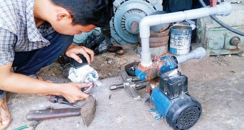 Thợ sửa máy bơm nước tại quận 9, CÔNG TYXD HOÀNGTHÁISƠN chuyên nhận thi công sửa chữa lắp đặt máy bơm nước tại nhà, sửa chữa nhà trọn góihotline:0899226066-0899226166